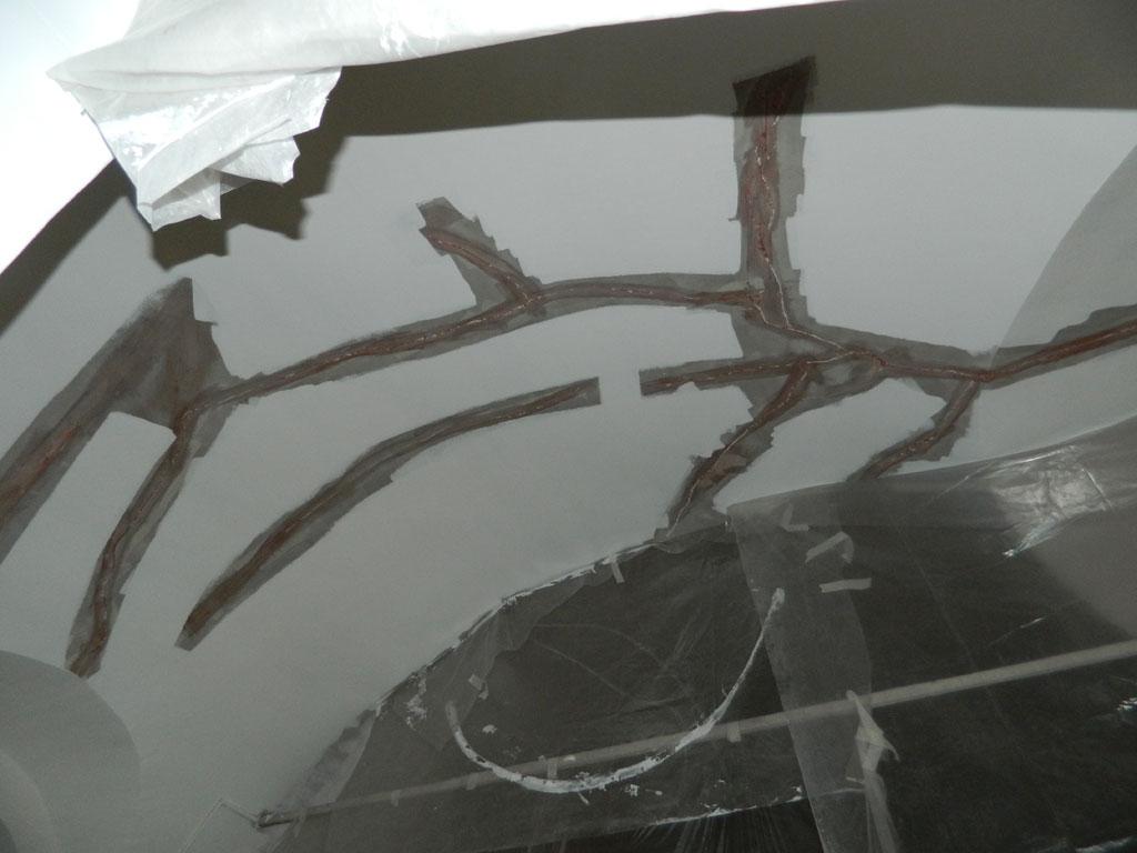 Фото трещин в храме
